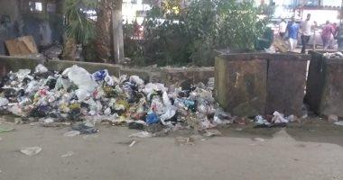 قارئ يشكو من انتشار القمامة بشارع ترعة السواحل بعزبة الصعايدة فى إمبابة