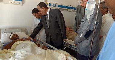 صور.. محافظ شمال سيناء يزور مصابى مدينة بئر العبد ويقدم العزاء فى الشهداء