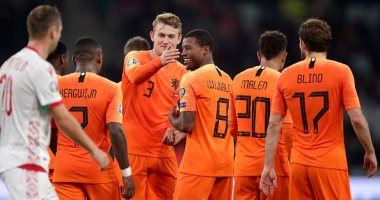 دي يونج ودي ليخت على رأس قائمة هولندا النهائية فى يورو 2020