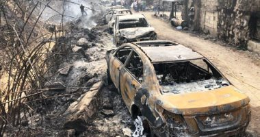 صورة وتعليق.. الدامور والمشرف تتحولان لمقبرة سيارات بسبب حرائق لبنان