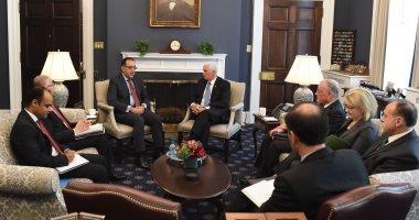 مصطفى مدبولى رئيس الوزراء مع مايك بنس نائب الرئيس الأمريكى