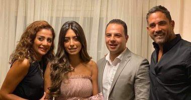 صور.. أمير كرارة يحتفل بخطوبة شقيقته نور فى جو عائلى