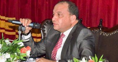 رئيس جامعة بنى سويف يعلن ترقية 1500 موظف ويوجه بسرعة تطبيق الحد الأدنى للأجور
