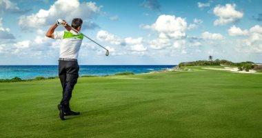 كيف تساعد رياضة الجولف كبار السن فى تخفيف التوتر والحفاظ على صحة القلب