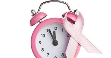 6 أعراض لازم تعرفيها عن سرطان الثدى بمناسبة الشهر العالمى للتوعية