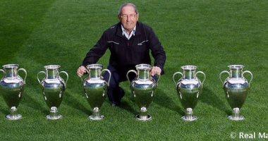 ريال مدريد يحتفل بأول لاعب يتوج بدوري ابطال اوروبا 6 مرات
