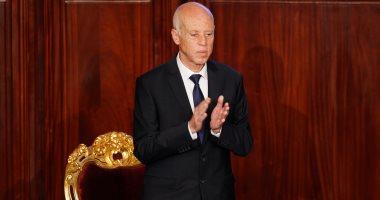 رئيس تونس يدعو وزير الداخلية إلى النأي بالمؤسسات الأمنية عن التجاذب السياسي