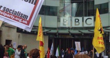 """مظاهرات امام الـ """"BBC"""""""