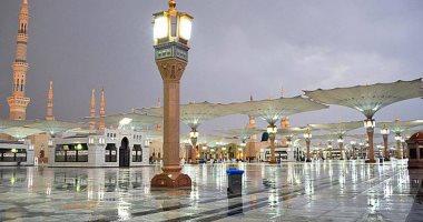 السعودية نيوز |                                              أمطار رعدية تضرب المدينة المنورة وتحذيرات من تدنى مدى الرؤية.. فيديو
