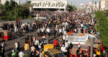 متظاهرون عراقيون يغلقون 3 جسور بالناصرية أمام حركة السير
