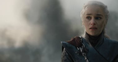 إيمليا كلارك تكشف سبب تفجير دينيريس تارجيريان لـ Kings Landing فى 8 Game Of Thrones -