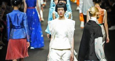 أبرز عروض أسبوع الموضة فى بكين يحتفى بالثقافة الصينية والعلامات المحلية