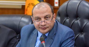 رئيس جامعة بنى سويف يتفقد سير العمل بمجمع التعليم الصناعي