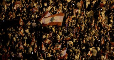 صوت أمريكا: إسرائيل تراقب عن كثب احتجاجات لبنان