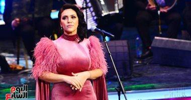 مى فاروق تطرب جمهور مهرجان الموسيقى العربية بأغاني الزمن الجميل