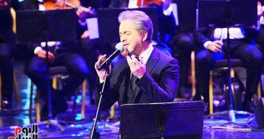 صور.. مروان خورى يتألق فى حفل مهرجان الموسيقى العربية بأجمل أغانيه