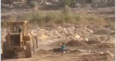 قارئة تشكو من انتشار مقالب القمامة بمدينة الفسطاط الجديدة