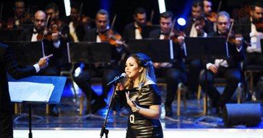 صور.. سوما تتألق بأجمل أغانيها على المسرح الكبير فى مهرجان الموسيقى