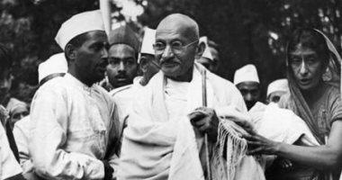 غاندى المناضل.. حكايات الزعيم الهندى لا تنفد