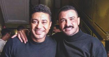 شاهد.. محمد عز ومحمد رجب فى كواليس تصوير مسلسل الأخ الكبير