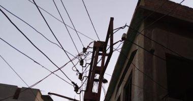 قارئ يشكو من تهالك عمود كهرباء بقرية لقانة بالبحيرة