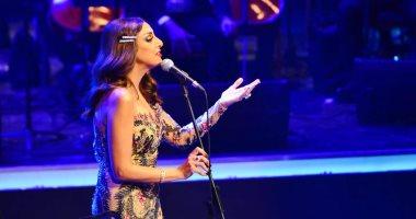 فيديو.. أنغام تشعل المسرح الكبير فى الأوبرا بمجموعة من أغانيها القديمة