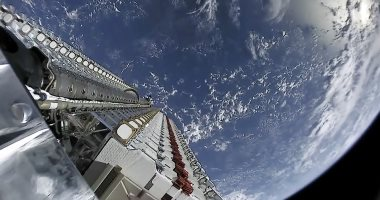SpaceX تختبر صاروخا جديدا لإطلاق 60 قمرًا صناعيًا جديدا للإنترنت الفضائى