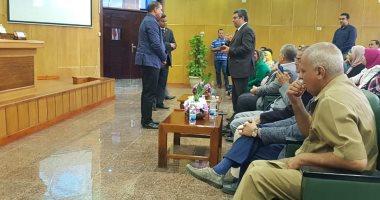 أضرار ومميزات مواقع التواصل الاجتماعى فى الجلسة الثانية للمنتدى العلمى بجامعة سوهاج