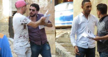 فيديو .. وزعنا ترددات قنوات الإخوان في شوارع مصر.. فكانت النتيجة؟