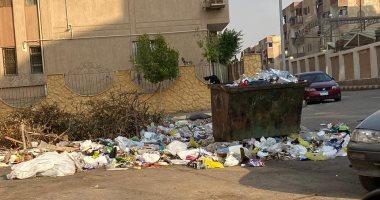قارئ يشكو من انتشار القمامة بشكل غير حضارى فى بمدينة العبور