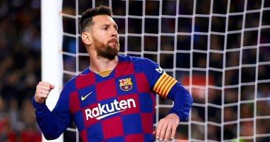 """برشلونة ضد مايوركا.. ميسي يسجل هدفا خرافيا للبارسا 2-0 """"فيديو"""""""