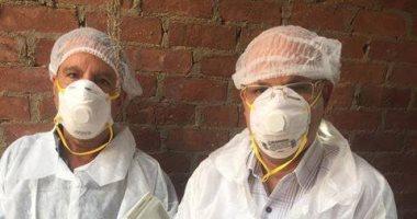 صور.. الطب البيطرى بالمنيا يواصل أعمال التحصين ضد مرض أنفلونزا الطيور