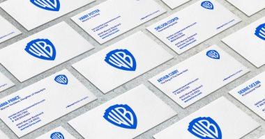 أزرق × أزرق شعار وارنر بروس الجديد احتفالا بـ 100 سنة سينما