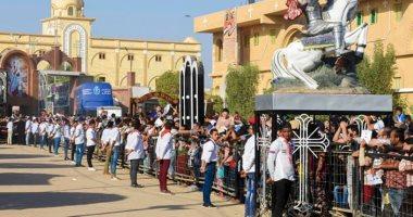 اليوم.. الآلاف يحتفلون بالليلة الختامية لمولد دير مارجرجس بجبل الرزيقات