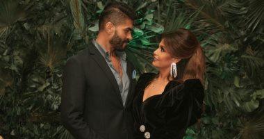 فيديو وصور.. خالد سليم يحتفل بعيد ميلاده بصحبة زوجته خيرية هشام