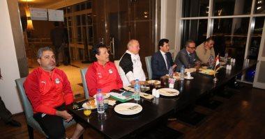جلسة تحفيزية للاعبى المنتخب الأولمبى لتحقيق حلم الأولمبياد