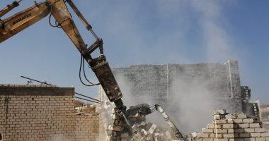 تنفيذ 5 قرارات إزالة للتعدى على أراضى الدولة ببرج العرب