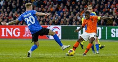 هولندا ضد استونيا.. هاتريك فينالدوم يقود الطواحين للفوز بخماسية بتصفيات اليورو