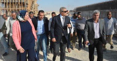 محافظ المنيا يتفقد محطة الصرف الصحى بقرية دير جبل الطير بتكلفة 120 مليون جنيه