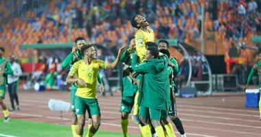 كاموهيلو ماهلاتسي يحرز ثاني أهداف جنوب افريقيا ضد غانا بالدقيقة 62