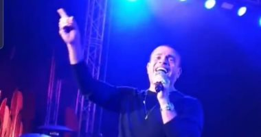 عمرو دياب يحيى حفل الـ After party لمهرجان القاهرة السينمائى الدولى