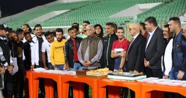 المصري يقيم احتفالية كبرى لكريم العراقي