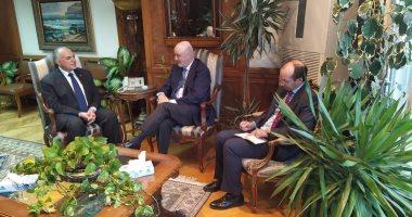 وزير الرى يعرض أخر مستجدات مفاوضات سد النهضة على سفير إسبانيا بالقاهرة