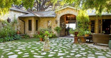 اعمل جو رومانسى.. 8 أفكار لديكور مميز لحديقة منزلك