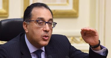 رئيس الوزراء يتفقد تطوير ميدان التحرير