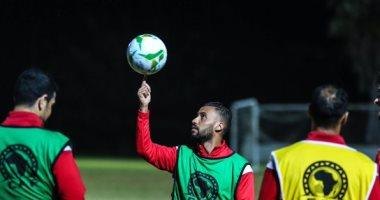 حسام عاشور يُطالب الأهلي بتحديد موقف مباراة اعتزاله