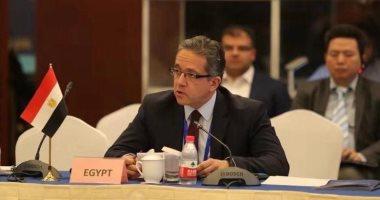 وزير السياحة والآثار يتفقد قطاعات الوزارة المختلفة لبحث آليات سير العمل