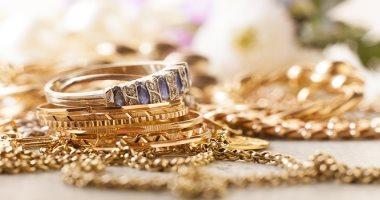 4 علامات هتقولك إن المجوهرات رخيصة.. قبل ما تشترى شبكتك وتدبسى