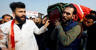 ألاف العراقيون بمحافظة النجف يشيعون ضحايا متظاهرين قتلوا أمس
