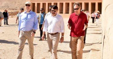 رئيس دولة المجر يستمتع بسحر الحضارة الفرعونية فى معابد ومقابر الأقصر